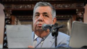 Presidente da Alerj se entrega à polícia após decisão do TRF