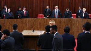 Ministros interrompem julgamento da chapa Dilma-Temer; sessão será retomada nesta 5ª