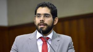 Presidente do Pros enquadra Lincoln Tejota, que volta a ter a confiança de Eurípedes Jr.