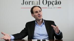 """Agora é o momento de debater"", diz presidente da Alego sobre PEC da Previdência"