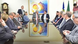 """""""Judiciário é grato à parceria e ao respeito de Marconi"""", diz presidente do TJ-GO"""