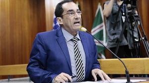 Kajuru pede que população dê voto de confiança em Caiado, frente a atraso de salários
