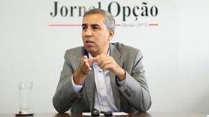 Sem essa de definição só em julho: PSD, PSB e PP estão com José Eliton
