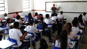 Concurso para professor no Maranhão aprovou 1,5 mil com salários de quase R$ 5 mil