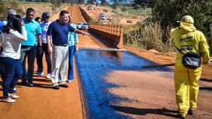 Em meio à crise, recursos para obras nos municípios dá alívio a prefeitos