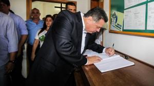 Marconi libera mais de R$ 1 milhão para dois hospitais de Rio Verde