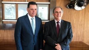 Marconi viabiliza transferência da Vila Furnas, em Caldas Novas, para moradores