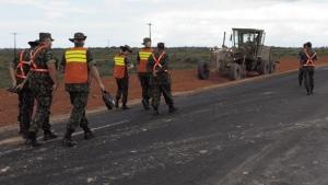 Militares constroem obras com eficiência, economia e rapidez