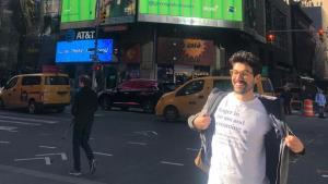 Goiano criador do Greengo Dictionary ganhou Manhattan com humor nas redes sociais