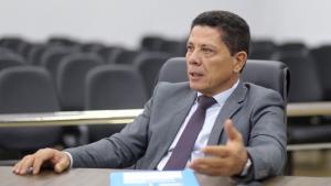 Vereador Nascimento diz que não pressiona Ronaldo Caiado