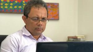 Nilson Gomes apresenta soluções para formados nas áreas da saúde