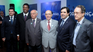 Lideranças e presidentes de subseções declaram apoio a Flávio Buonaduce