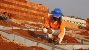 Agehab seleciona trabalhadores para canteiro de obras em Água Fria de Goiás