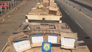 PRF apreende carga contrabandeada avaliada em R$ 10 milhões