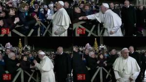 Tapa do papa Francisco em mulher não reduz sua relevância como religioso e homem exemplar