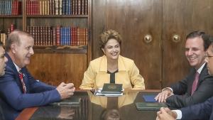 Em reunião, prefeitos entregam carta de apoio à presidente