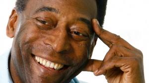 Pelé pode interromper hemodiálise amanhã