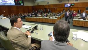 José Vitti convoca parlamentares para sessão extraordinária nesta sexta-feira