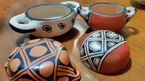 Artesanato de etnias do Alto Xingu no Lowbrow