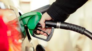 CCJ rejeita veto ao projeto que pune postos de gasolina