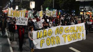 A favor de Dilma, trabalhadores e estudantes vão às ruas de Goiânia nesta sexta-feira