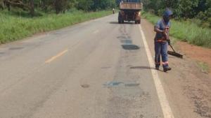 Governo inicia tapa-buracos na TO-010 entre Palmas e Lajeado