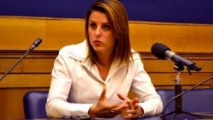 Jovem de Brasília é deputada na Itália. É filha de um deputado do PPS