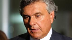 Senador Ronaldo Caiado passa por cirurgia em São Paulo
