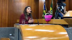 Vereadora ameaça ir ao MP se Prefeitura não cancelar IPTU de famílias carentes