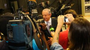 Na nova TBC, políticos de oposição também têm espaço