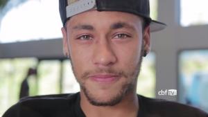 Confira vídeo: Após lesão, Neymar manda recado para torcida brasileira