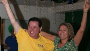 Candidatos ao governo de Goiás registram torcida pelo Brasil
