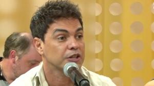 Zezé di Camargo elogia Cunha e defende impeachment de Dilma