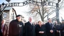 """Angela Merkel visita Auschwitz e diz que sente """"vergonha profunda"""" dos crimes cometidos por alemães"""