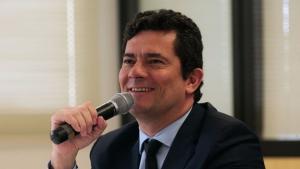 Sorriso amarelo de Moro com aprovação de pacote anticrime desidratado revela frustração do governo