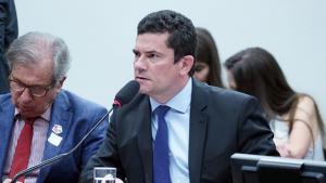 Moro fortalece núcleo autoritário da extrema direita e se coloca como ameaça à reeleição de Bolsonaro