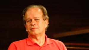 Novo ministro da Educação, Renato Janine Ribeiro, toma posse nesta segunda-feira