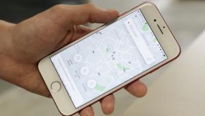 Uber passa a cobrar de usuário que deixar motorista esperando. Saiba valores