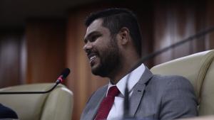 Presidente da Câmara comemora adiamento da reunião da CDTC que reajustaria passagens