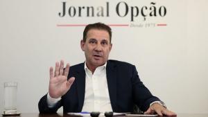 Durante filiação de Roberto Naves, Vanderlan Cardoso nega saída do PP