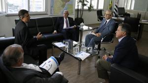 Goiás e São Paulo definem reabertura de hidrovia após navegação ter sido suspensa em 2014