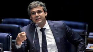 Nova comissão de senadores vai à Venezuela quarta-feira