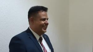 """""""Se tem dinheiro na eleição, tem que provar, que eu mesmo prendo"""", afirma Eduardo Prado"""