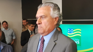 """Ronaldo Caiado chama opositores de """"viúvas da corrupção"""""""