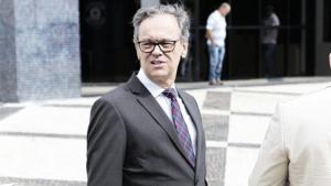 Advogado de José Eliton diz que dinheiro apreendido pela PF não tem relação com ex-governador