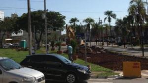 Prefeitura antecipa bloqueio total na Rua 90, entre a Praça do Cruzeiro e Rua 115