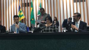 Ministra Damares participa de sessão especial de prevenção ao suicídio na Assembleia de Goiás