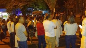 Servidores do HDT e Ceap-Sol realizam manifestação para reivindicar salário atrasado