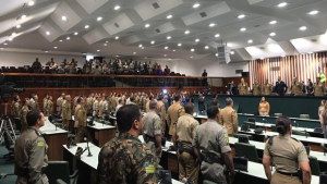 Em sessão especial, Alego homenageia militares em comemoração aos 161 anos da PMGO