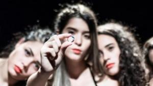 """""""Dizputa"""" apresenta dilemas vividos por mulheres na sociedade em forma de musical"""